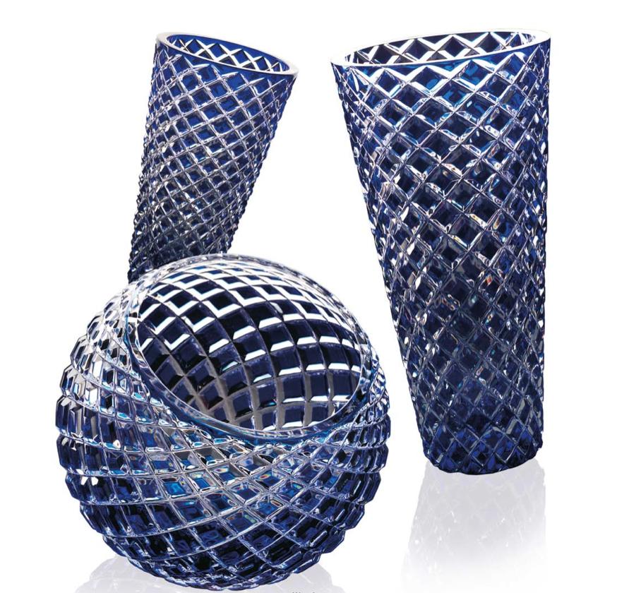 Illusion, Conical Vase